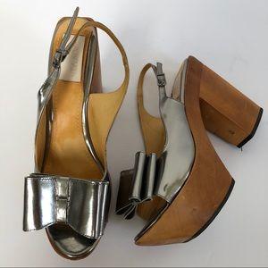 Lanvin silver wooden heel 40 bow